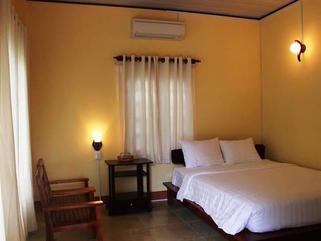 Phu Quoc B&B - Standard Bungalow - Phu Quoc Island - Bed & Breakfast