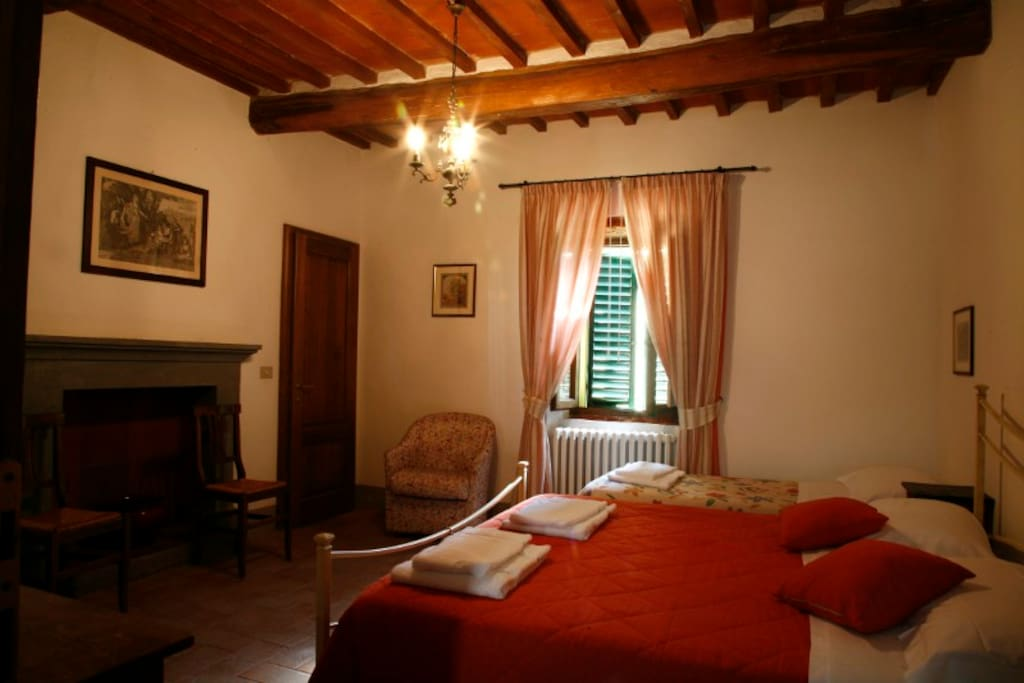 B b in villa tuscan hills c4 chambres d 39 h tes for Chambre d hote italie
