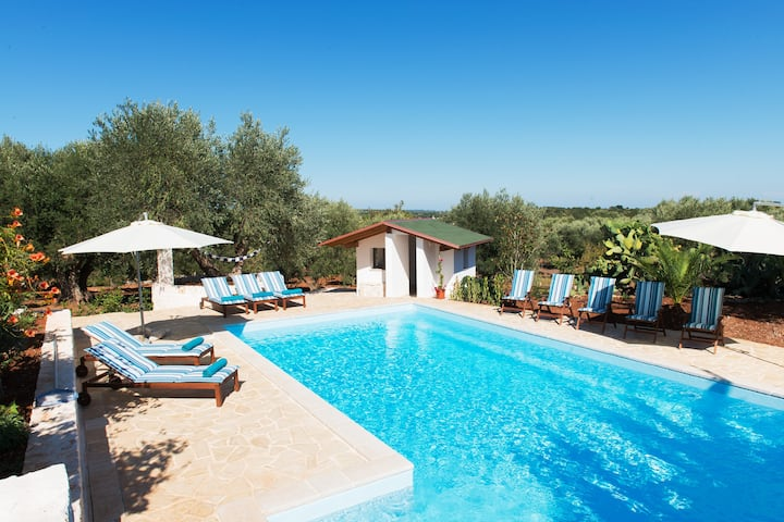 Trullo Maria Leo - Villa Puglia with stunning pool