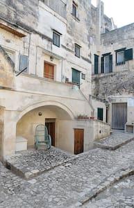 tipica casa nei sassi di Matera - Matera