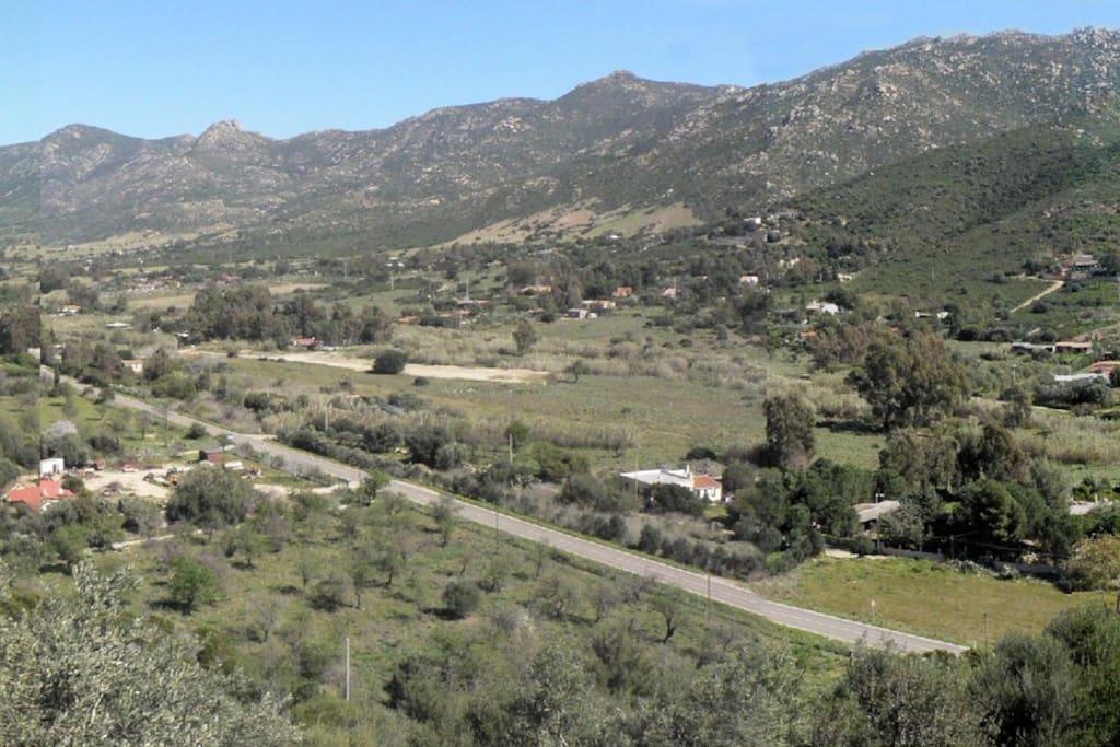 panorama vallata Solanas nord- est dalla casa