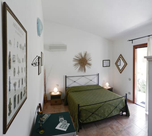 B&B Pula, independent en-suite room - Pula - Casa de camp