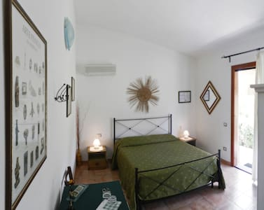 B&B Pula, independent en-suite room - Pula - Vila