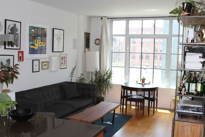 Amazing Williamsburg 1 bed