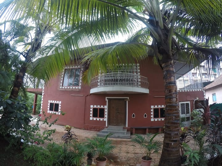 Beautiful Farmhouse 5km from Panvel ONLY forfamily
