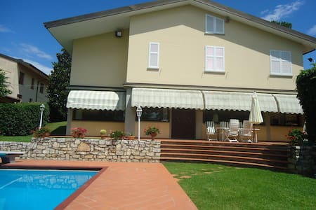 Villa in Tuscany w/private pool - Montelupo Fiorentino  - House