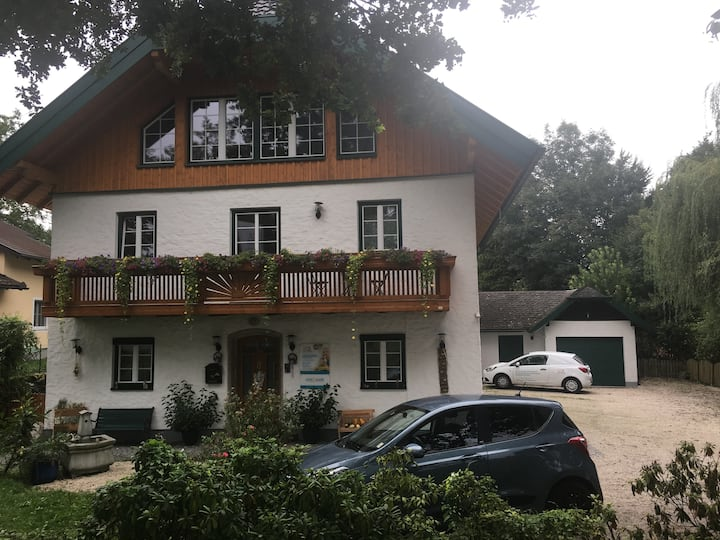 Apartement-5rooms, garden,near center,free parking