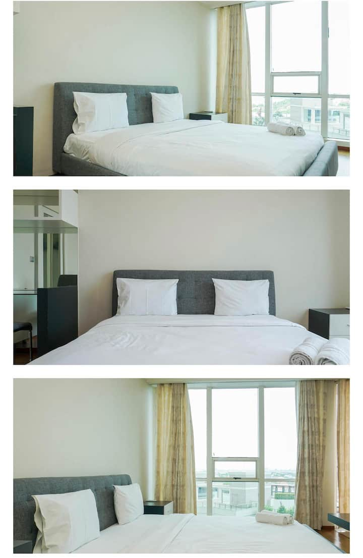 Studio with Sea View Ancol Mansion