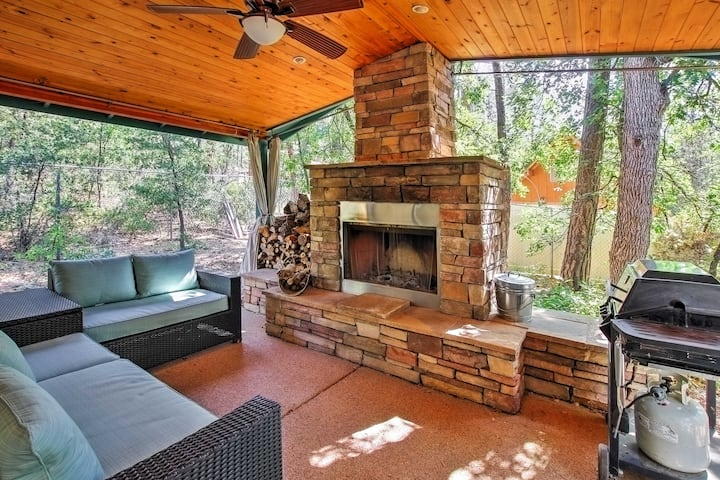 Pine House on Wooded Lot w/ Covered Patio & Deck!