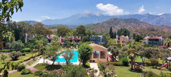Villa is 450 meters far from the beach