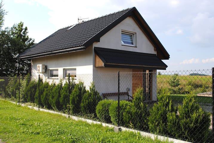 lend house