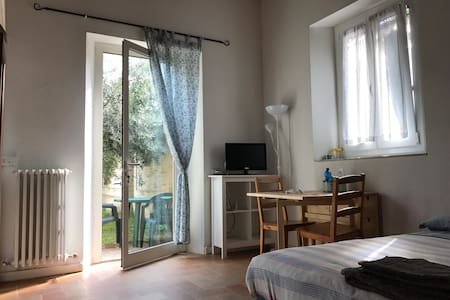 The Olive Tree. Cozy studio apt by Pesaro center