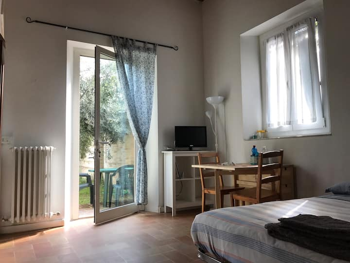 The Olive Tree. Cozy studio apt by Pesaro center