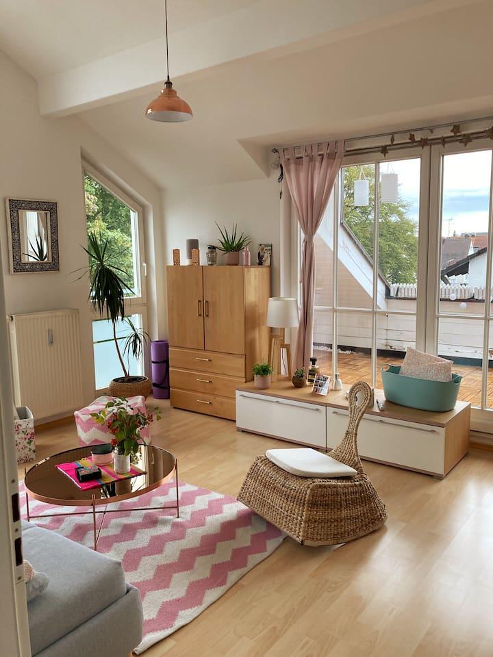 Helle, moderne Wohnung im Münchner Norden