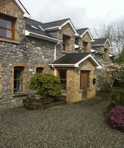 Beautiful spacious twin room in central location. - Maynooth