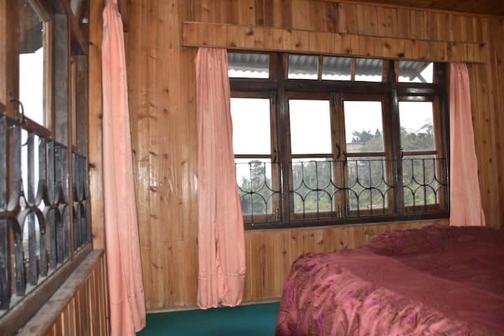 Lolegaon-Homestay (Tulip Super Deluxe)-Himalayas