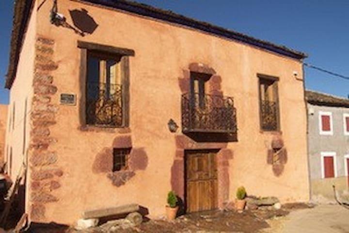 La Encantada, Becerril (Riaza), Segovia - Becerril - Talo