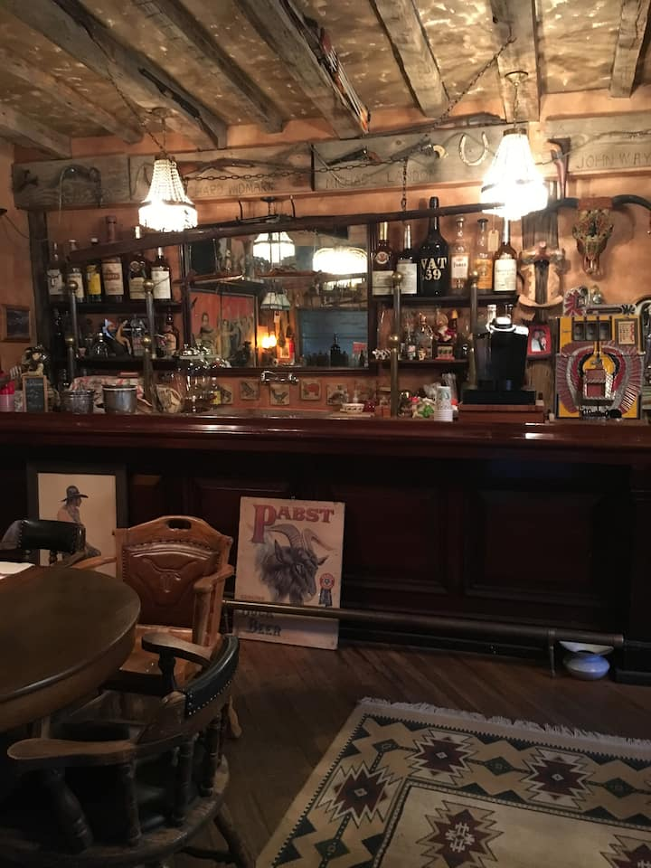 Old West Saloon in Tin Town