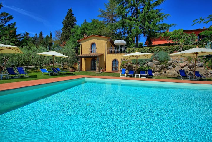 Casa Rossa 3 - Holiday Rental with swimming pool in Chianti, Tuscany