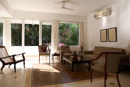 Sunny, airy apartment near Candolim - Reis Magos  - 公寓