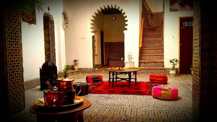 Riad Khmisa (Habitación individual) - Tetouan - บ้าน