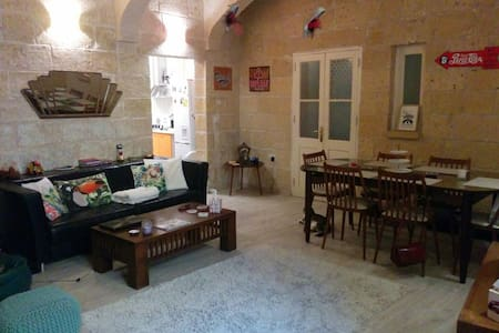 Charming Room in Cultural Valletta, Malta
