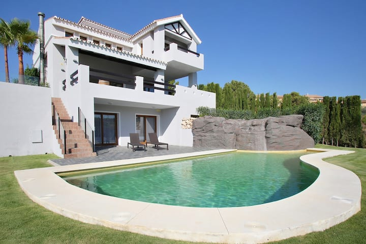 VILLA SOFIA GOLF 15 MIN. FROM PUERTO BANUS