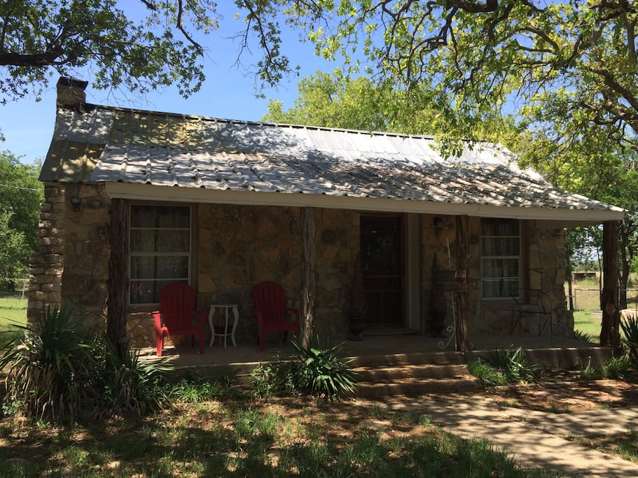 The Lucky Penny Lodge @ Iredell, Texas