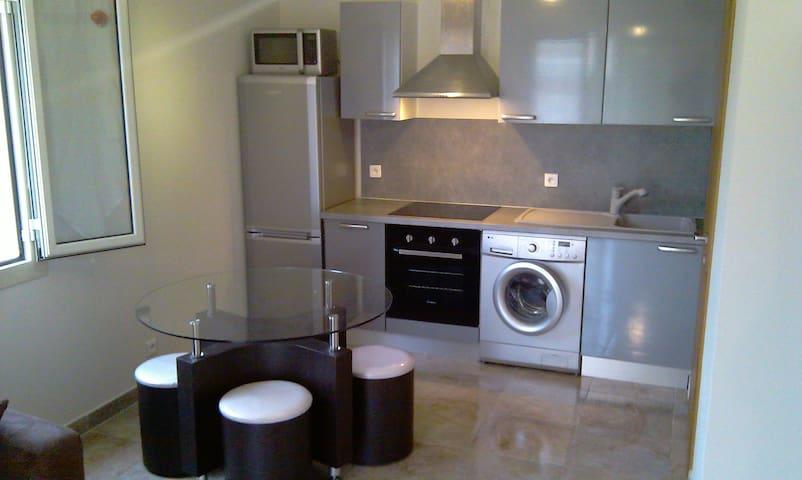 mini villa T2  400m bord de mer  - Lucciana - Dům