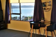 Super Snells Beach self contained upstairs suite