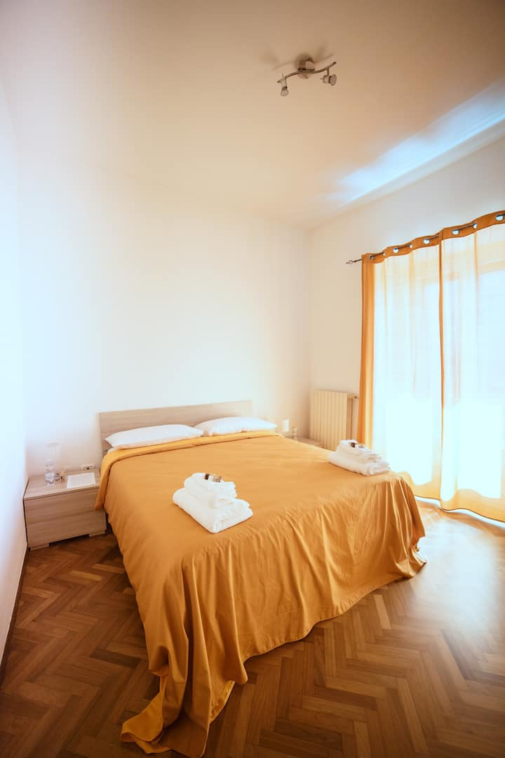 "B&B Feel Salerno ""Camera Arechi"""