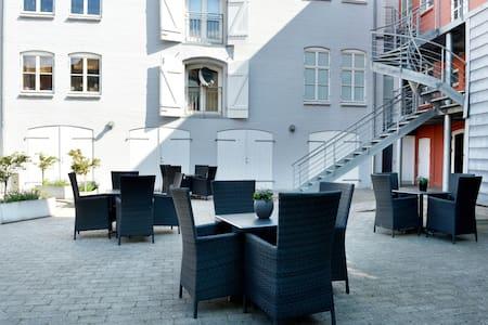 Modern aparments in city center - Sønderborg - Apartment