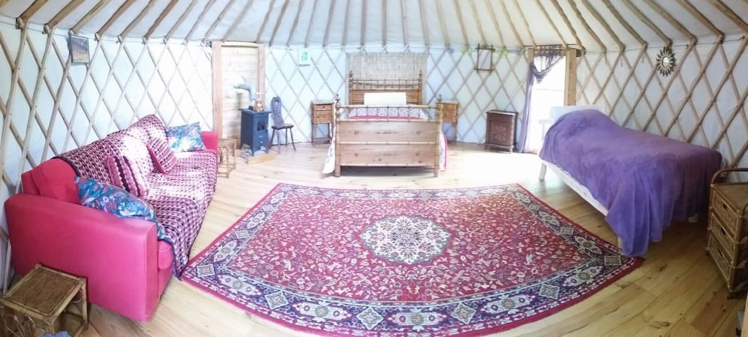 Luxury Yurt in tranquil setting - Sariac-Magnoac - Khemah Yurt