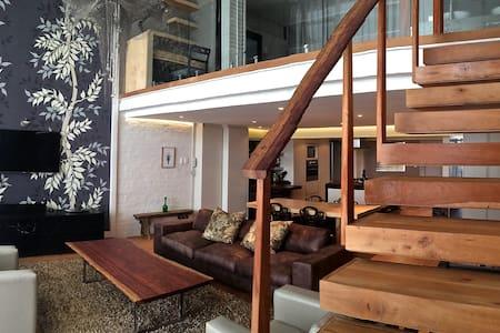Unique Designer Comfort + Location - Kapstadt