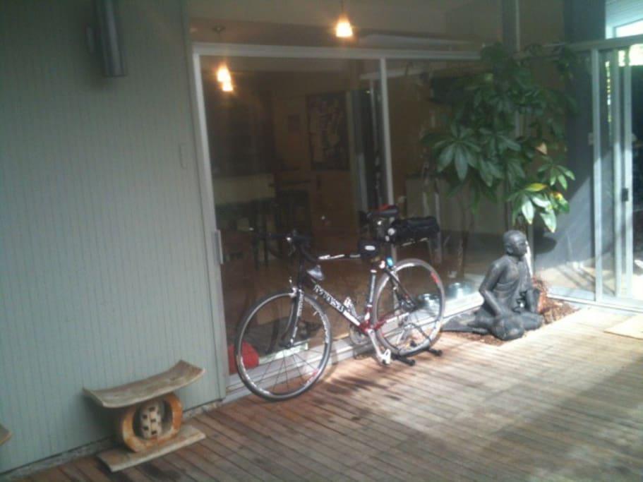 the posing buddha and my bike
