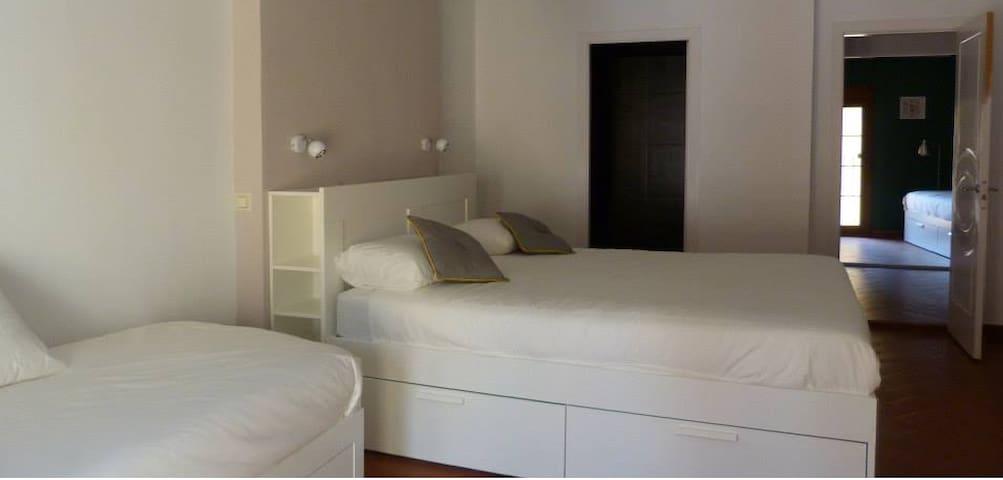 Habitación cuadrúple en Xàtiva - Xàtiva - Casa