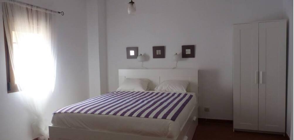 Habitación triple en Xàtiva - Játiva - Rumah