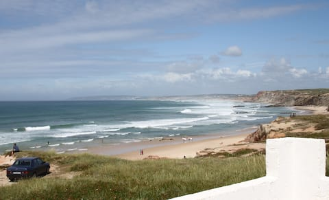 House in Baleal, front of the beach