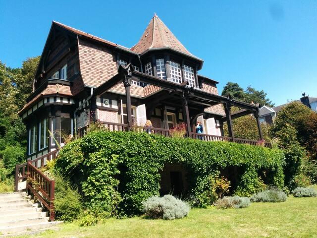 Villa de caractère - vue sur mer - Étretat - Villa