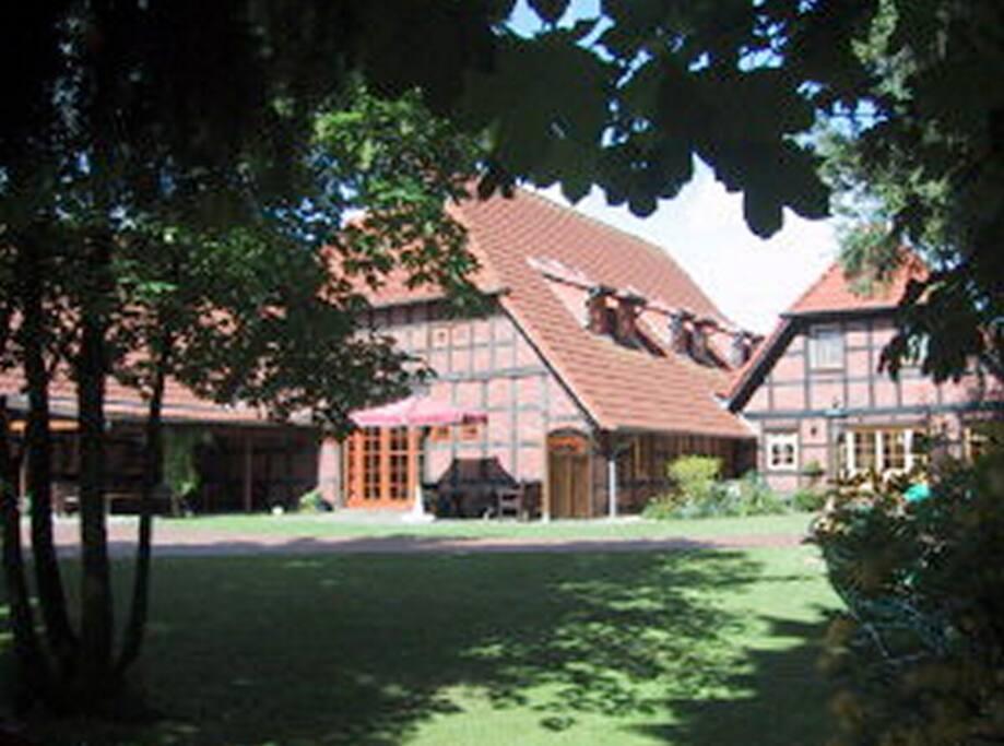 Ferienwohnung im linken Gebäudeteil mit separatem Eingang