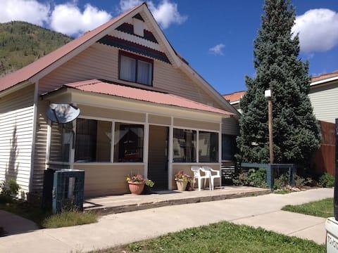 Acme Guesthouse Downtown Silverton