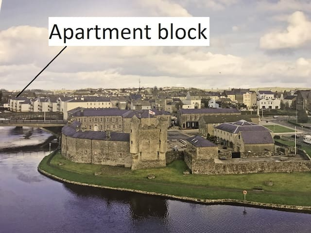 The apartment complex is 5 minutes walk from the castle, and is actually on the island of Enniskillen.