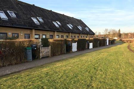 Entire house in Humlebæk - Humlebæk - 独立屋