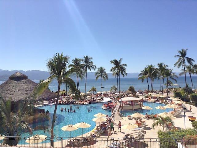 Beachfront Condo,16th Floor,Spectacular View,Wi Fi