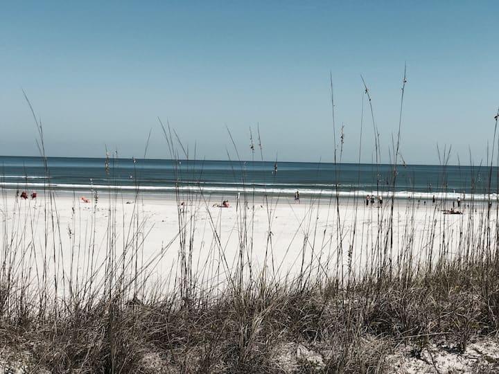 Florida beach villa St Augustine Beach awaits you