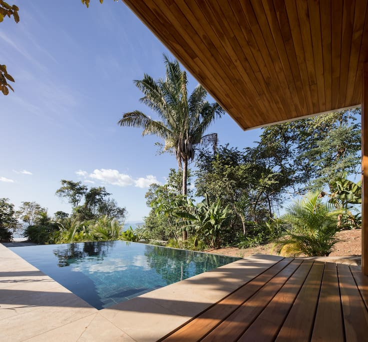 Infinity pool - views to the sea and across the valley