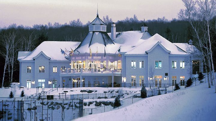 Tremblant getaway resort apartment