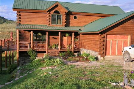 Spacious Rocky Mountain Log Cabin - Steamboat Springs - Σπίτι