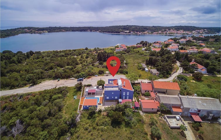 Awesome home in Veli Rat with WiFi and 2 Bedrooms