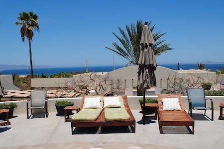Excelent pool side apartment - La Ventana - Condominium